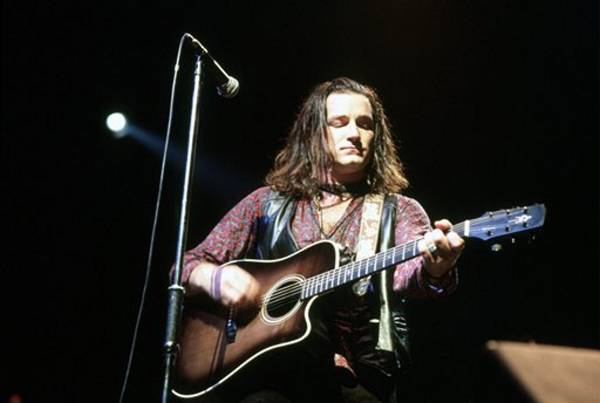 1987-bono-unknown_acoustic.jpg